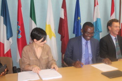 Signed, sealed and posted: UbuntuNet Alliance signs AfricaConnect2, Cluster 1 contract