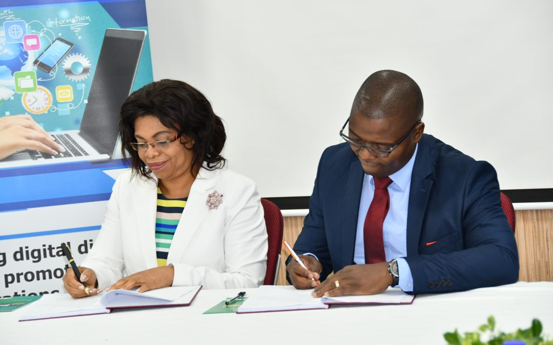 UbuntuNet Alliance signs deal with Malawi government to provide Internet connectivity to universities through the Malawi Research and Education Network
